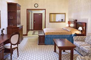 Hotelli OnnenTähti majoittaa asiakkaita 76 tyylikkäästi sisustetussa huoneessa